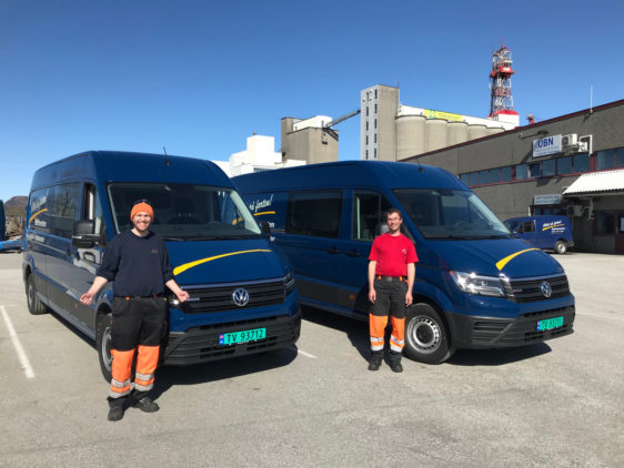 To  nye  Volkswagen  Crafter  til  Nærtenesten  i  Florø